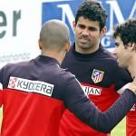 Miranda, Tiago y Diego Costa en un entrenamiento. Atlético de Madrid.