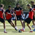 Óliver, Falcao y Pulido en un entrenamiento del Atlético de Madrid.