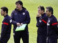 Simeone y Burgos en un entrenamiento del Atleti