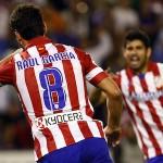 Raul Garcia y Diego Costa celebran un gol del Atletico