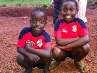 niños africanos camiseta del Atleti